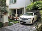 Bán lại xe Toyota Venza 3.5 đời 2009, màu trắng, nhập khẩu