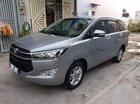Cần bán Toyota Innova sản xuất 2017, màu bạc chính chủ