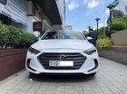 Bán Hyundai Elantra 2.0AT sản xuất 2017, màu trắng, xe đẹp