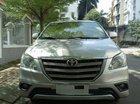 Bán Toyota Innova E đời 2015, màu bạc, chính chủ, giá 548tr