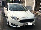 Bán xe Ford Focus Ecoboost 1.5L bản Trend đời 2017 Sedan màu trắng