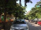 Cần bán gấp Toyota Vios E năm 2011, màu bạc