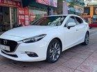 Bán Mazda 3 2.0 AT sản xuất năm 2017, màu trắng như mới