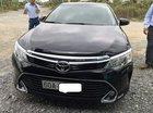 Bán Toyota Camry 2.0E 2017, màu đen mới chạy 16.000km