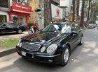 Cần bán Mercedes E240 sản xuất năm 2005, màu đen