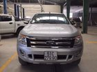 Cấn bán Ford Ranger XLT MT 2013, xe đẹp như hình, đẹp từ nội thất đến ngoại thất