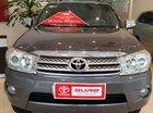 Cần bán xe Fortuner G sản xuất 2011 màu xám xe chất