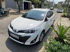 Bán Toyota Vios năm sản xuất 2018, màu trắng, xe còn mới, đi 4 tháng không trầy xước