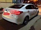 Xe Kia Cerato 2.0 AT đời 2016, màu trắng như mới, giá tốt