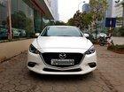 Cần bán Mazda 3 1.5 2017, màu trắng đẹp như mới, giá 655tr