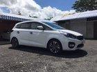 Bán Kia Rondo năm sản xuất 2018, màu trắng chính chủ