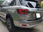 Gia đình bán xe Ford Everest Titanium 2.2L 4x2 AT đời 2016, màu bạc, xe nhập