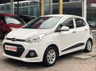 Cần bán Hyundai Grand i10 1.2 AT đời 2016, màu trắng, đi rất chắc chắn và bền bỉ