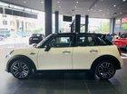 Bán xe Mini Cooper S 5 Doors 2019 màu trắng, nhập khẩu nguyên chiếc - Ưu đãi 50% phí trước bạ