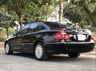 Cần bán xe Mercedes E240 sản xuất 2004, màu đen chính chủ