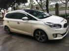 Cần bán gấp Kia Rondo GATH đời 2016, màu trắng đã đi 75000km