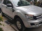 Cần bán gấp Ford Ranger XLS 2.2 AT đời 2014, màu bạc, xe nhập chính chủ