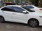 Cần bán gấp Honda City AT đời 2018, màu trắng