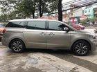 Cần bán xe Kia Sedona 2.2 DATH đời 2016, màu vàng, xe gia đình