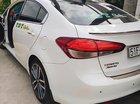 Cần bán gấp xe Cerato 2016 AT, chính chủ, màu trắng, nội thất màu kem, đã đi 51000 km