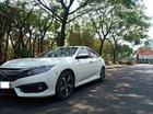 Bán Honda Civic 1.5Turbo Top 2018, màu trắng, nhập khẩu, odo 5000km, giá 895 triệu