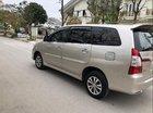 Cần bán xe Toyota Innova 2.0 E đời 2015, màu bạc chính chủ giá cạnh tranh