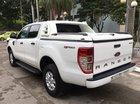 Cần bán lại xe Ford Ranger XLS AT đời 2016, màu trắng, nhập khẩu còn mới
