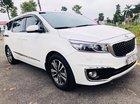 Cần bán lại xe Kia Sedona đời 2017, màu trắng