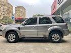 Cần bán lại xe Ford Escape XLS 2010, màu bạc số tự động