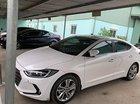 Bán xe Hyundai Elantra 1.6 AT đời 2017, màu trắng chính chủ