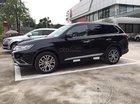 Cần bán Mitsubishi Outlander đời 2018, màu đen