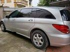 Cần bán lại xe Mercedes R350 năm sản xuất 2005, màu bạc, nhập khẩu, 429 triệu