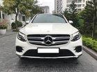 Cần bán xe Mercedes GLC300 4Matic 2017, màu trắng nội thất nâu