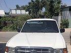 Gia đình cần bán Ford Ranger màu trắng, đời 2001, xe 2 cầu, máy dầu