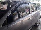 Gia đình cần bán Nissan Livina màu ghi, đời 2013, xe số tự động, ga tự động