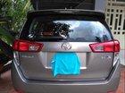 Cần bán gấp Toyota Innova E năm sản xuất 2016, màu xám