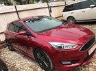 Chính chủ cần bán xe Ford Focus 2016, màu đỏ