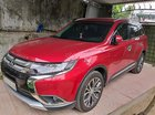 Bán ô tô Mitsubishi Outlander 2.0 CVT 2018, màu đỏ