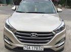 Bán Hyundai Tucson sản xuất 2018, màu vàng cát, xe đẹp