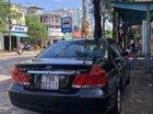 Cần bán gấp Toyota Camry năm sản xuất 2004, màu đen xe gia đình, giá tốt