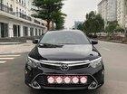 Bán xe Toyota Camry 2.0 sản xuất năm 2017, màu đen