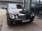 Bán xe Mercedes E280 sản xuất 2005, màu đen xe gia đình