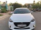 Cần bán Mazda 2 sản xuất 2017, màu trắng, xe gia đình