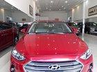 Cần bán Hyundai Elantra 2.0 AT năm sản xuất 2017, màu đỏ như mới giá cạnh tranh