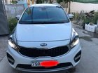 Tôi bán xe Kia Rondo 2.0 màu trắng, số tự động, mẫu mới nhất