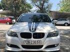 Bán xe BMW 320i LCI 2011, màu trắng, chính chủ