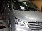 Chính chủ cần bán Toyota Innova đời 2015, màu bạc, giá 535tr