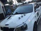 Cần bán xe Chevrolet Lacetti sản xuất 2004, màu trắng, giá tốt