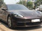 Cần bán xe Porsche Panamera model 2018, màu nâu, chính chủ sử dụng