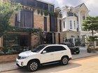 Bán Kia Sorento 2017, màu trắng, xe gia đình